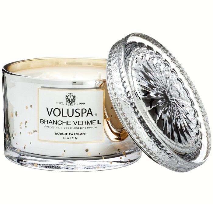 The Best Scented Christmas Candles to Make Your Holiday Home Smell Wonderful!