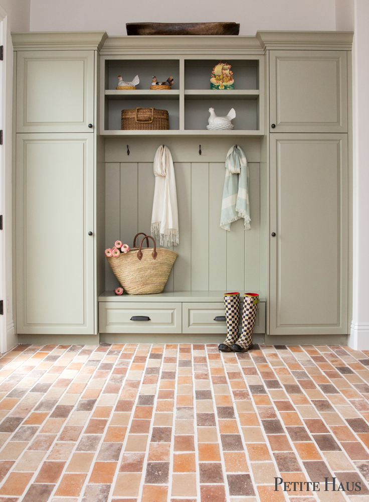 Farmhouse Mudroom Details