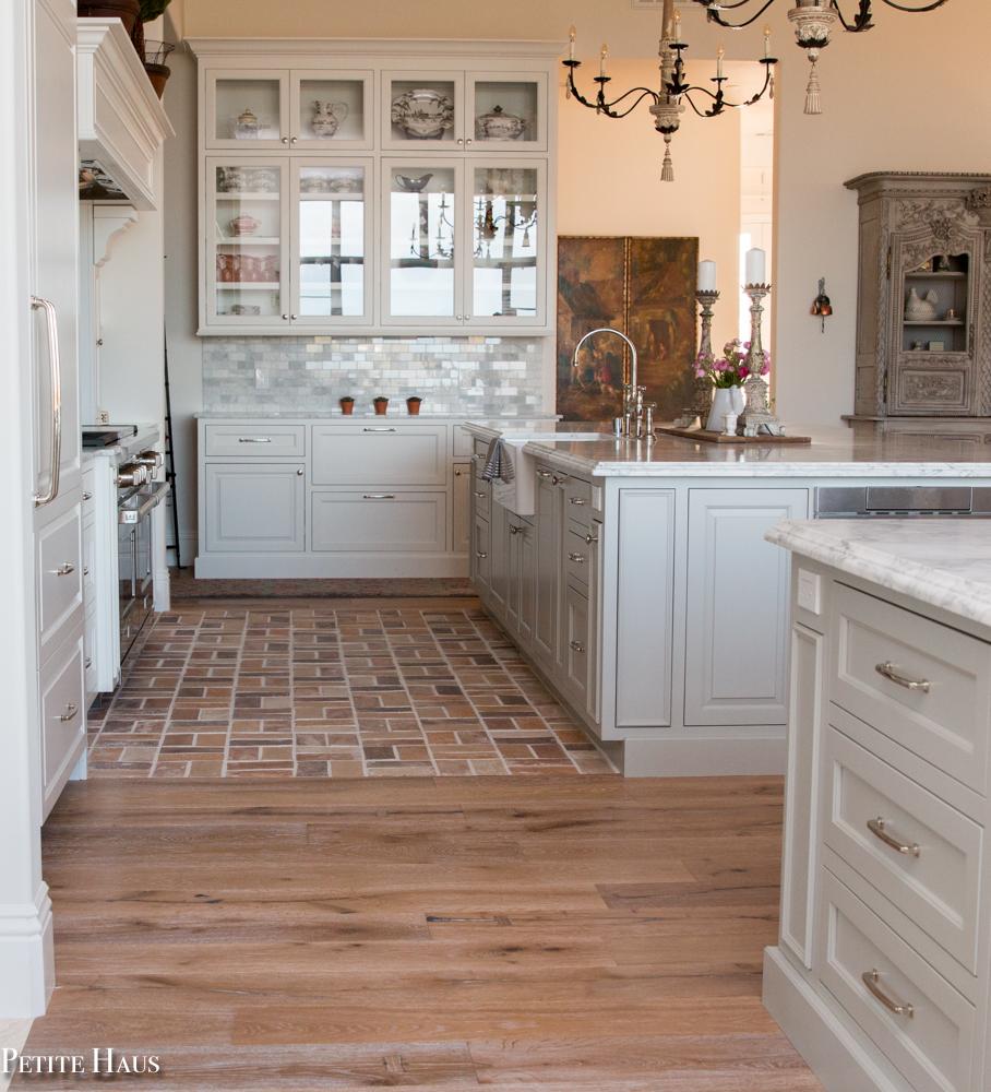 Brick apron in the kitchen