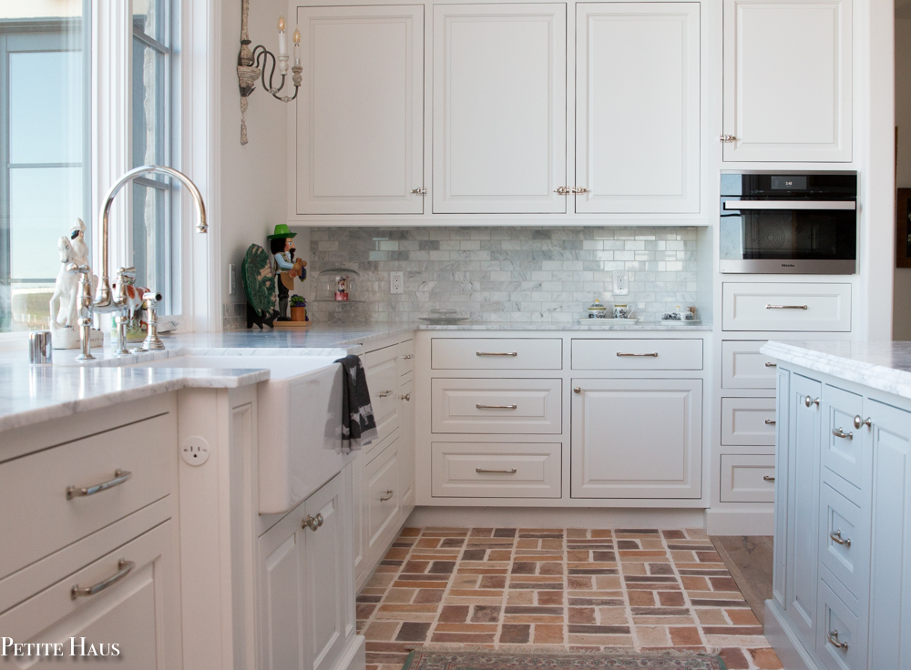 Farmhouse Kitchen Reveal - Petite Haus