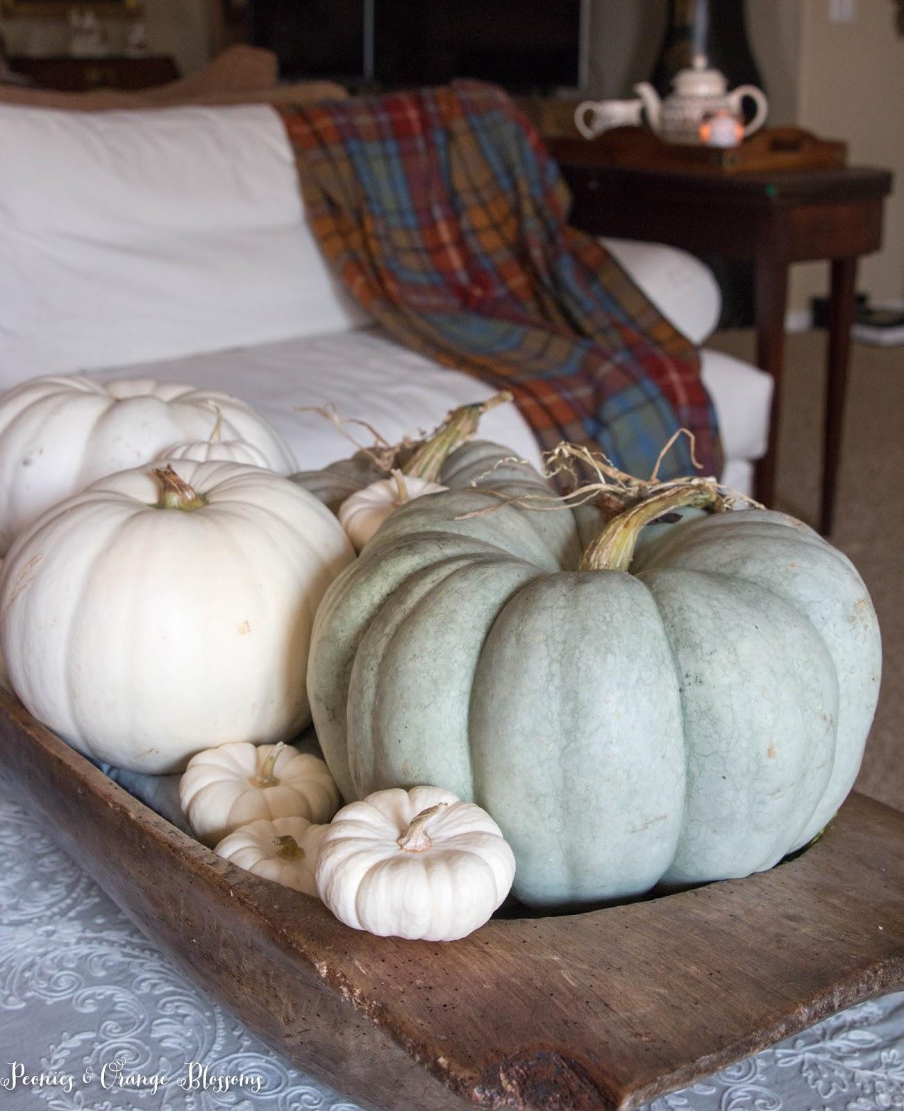 fall dough bowl decorating