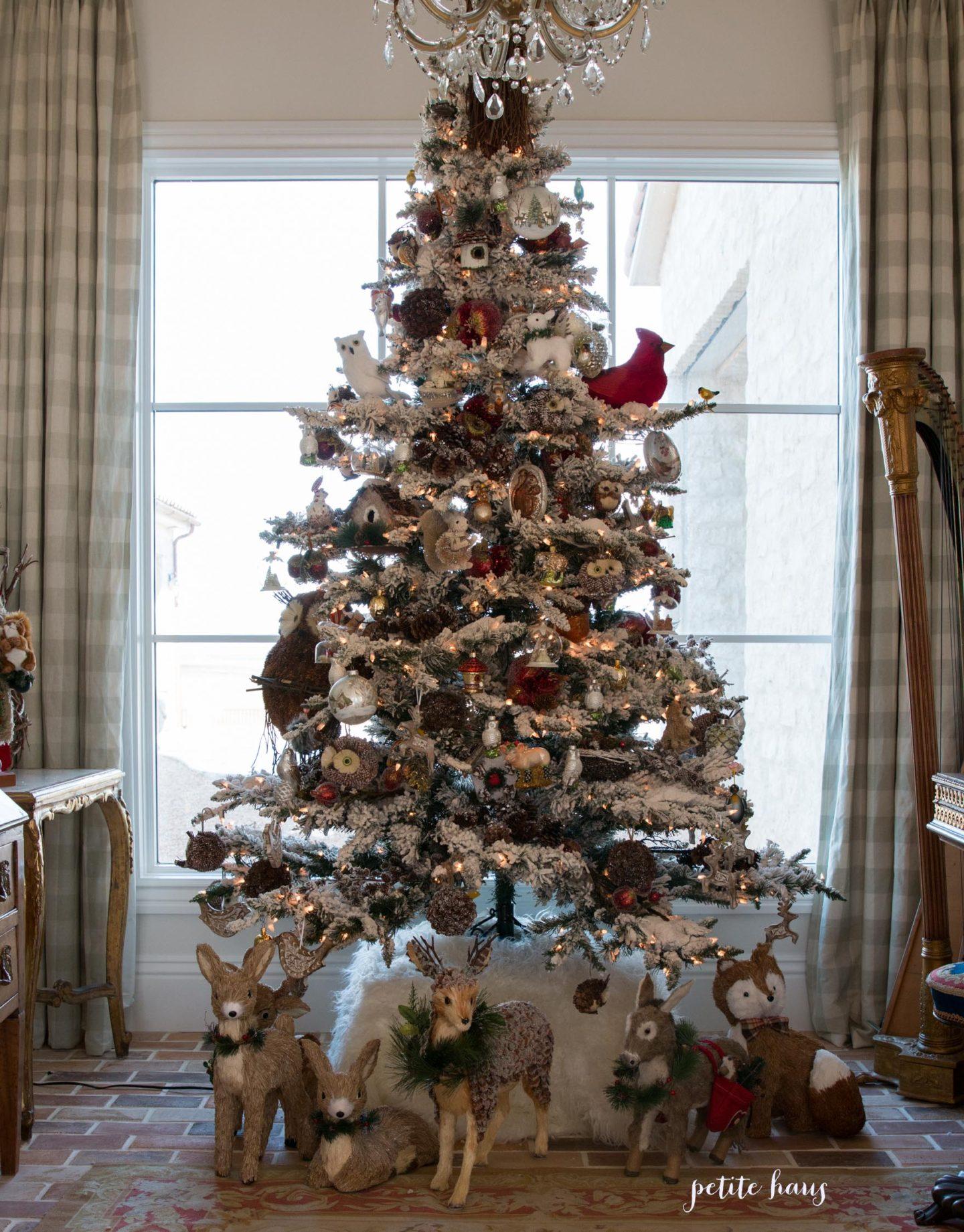 Choosing The Best Artificial Flocked Christmas Tree Petite Haus