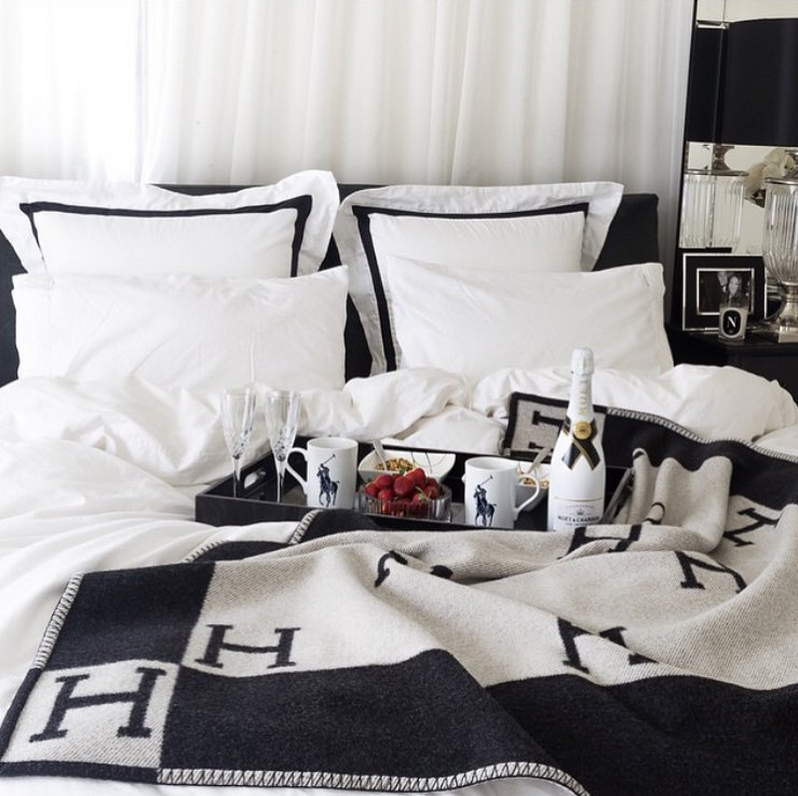 Herm 232 S Blanket Friday Favorites Petite Haus