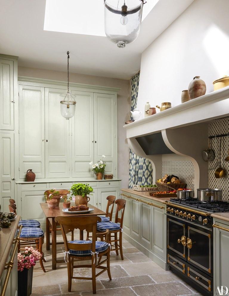 A French Kitchen Petite Haus