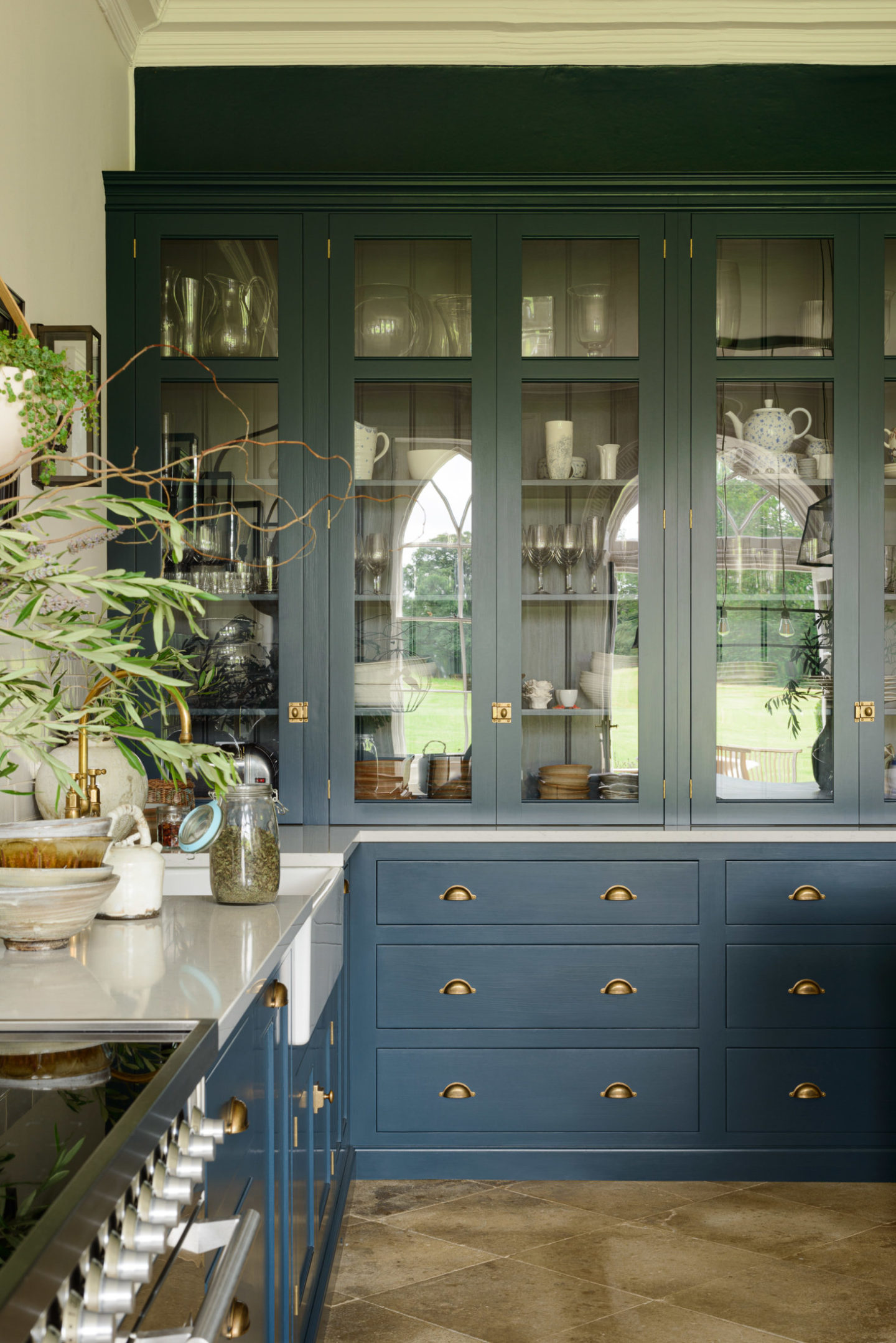 A Peacock Blue Kitchen - Weekly Design Inspiration ...